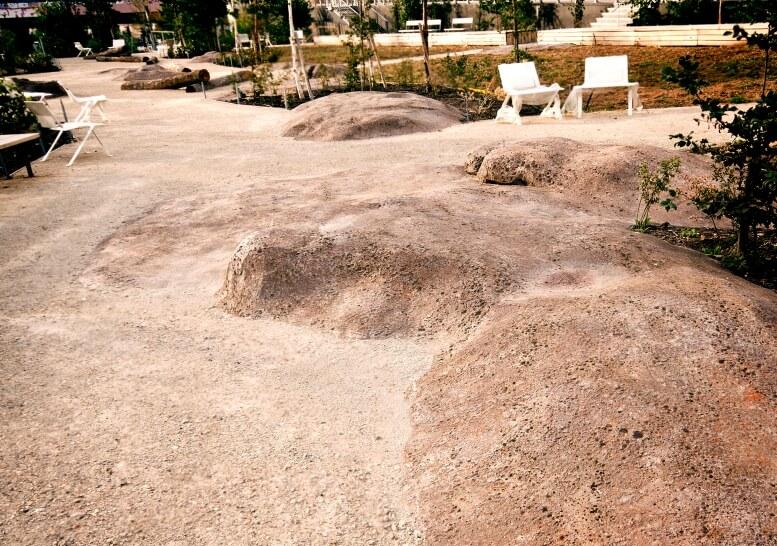 Rocher de sol architectonique porte de vanve les jardins suspendue